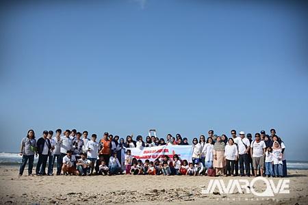 Family Gathering Pantai Pangandaran Javarove
